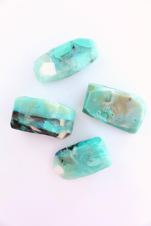 DIY Gemstone Soap | 15 Beautiful Handmade Mother's Day Gift Ideas