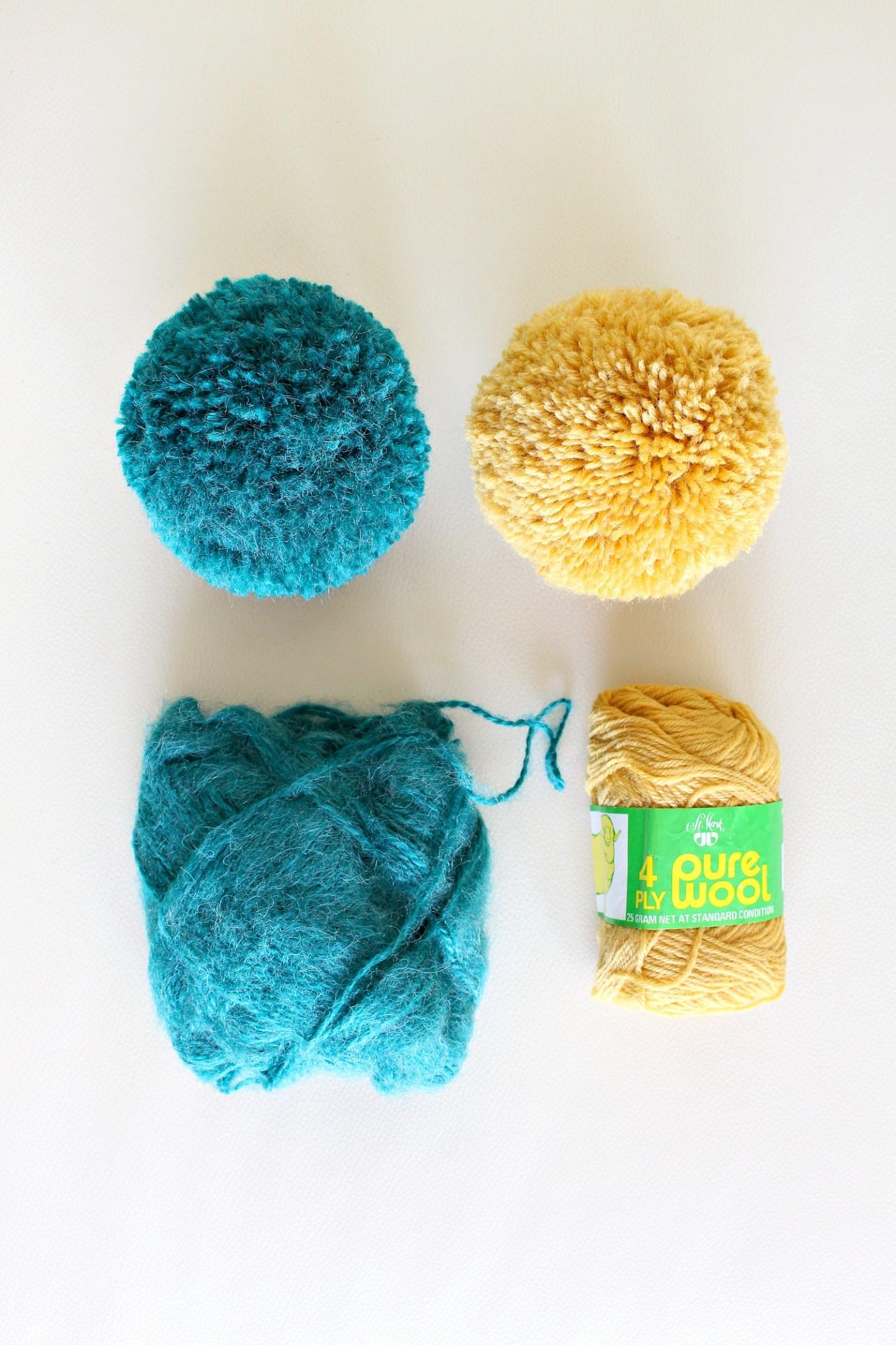The Best Yarn to Make a Dense Pom Pom