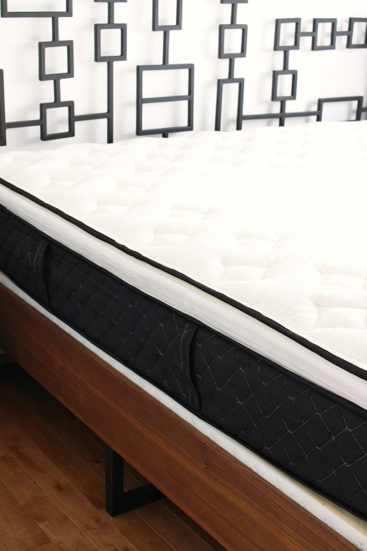 Thicker Mail Order Foam Mattress That Feels Like a Traditional Mattress | Nest Bedding Alexander Signature Hybrid Mattress Review