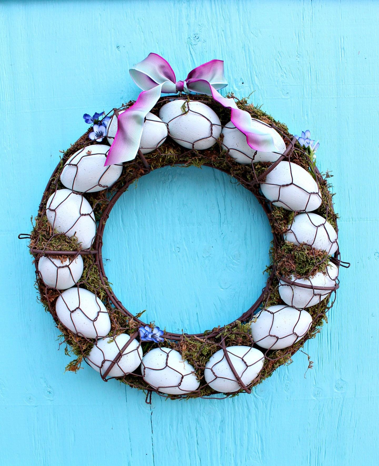 Easy DIY Egg Wreath