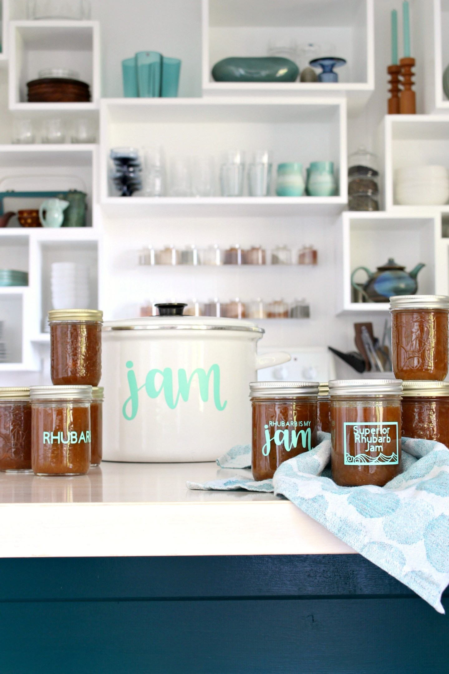 Easy DIY Jam Jar Labels