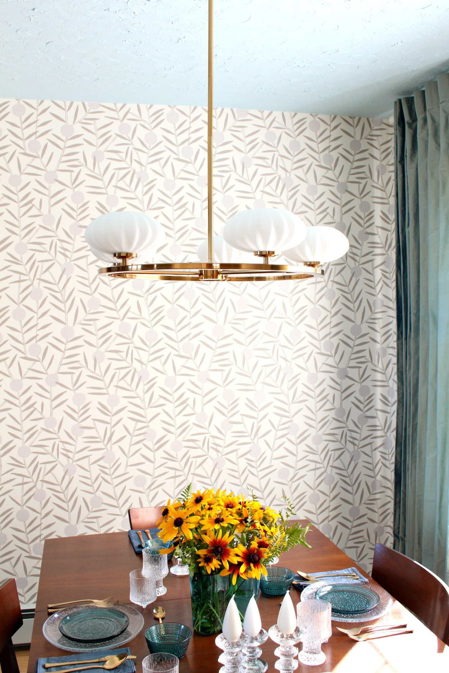 Hygge & West Wallpaper Instructions