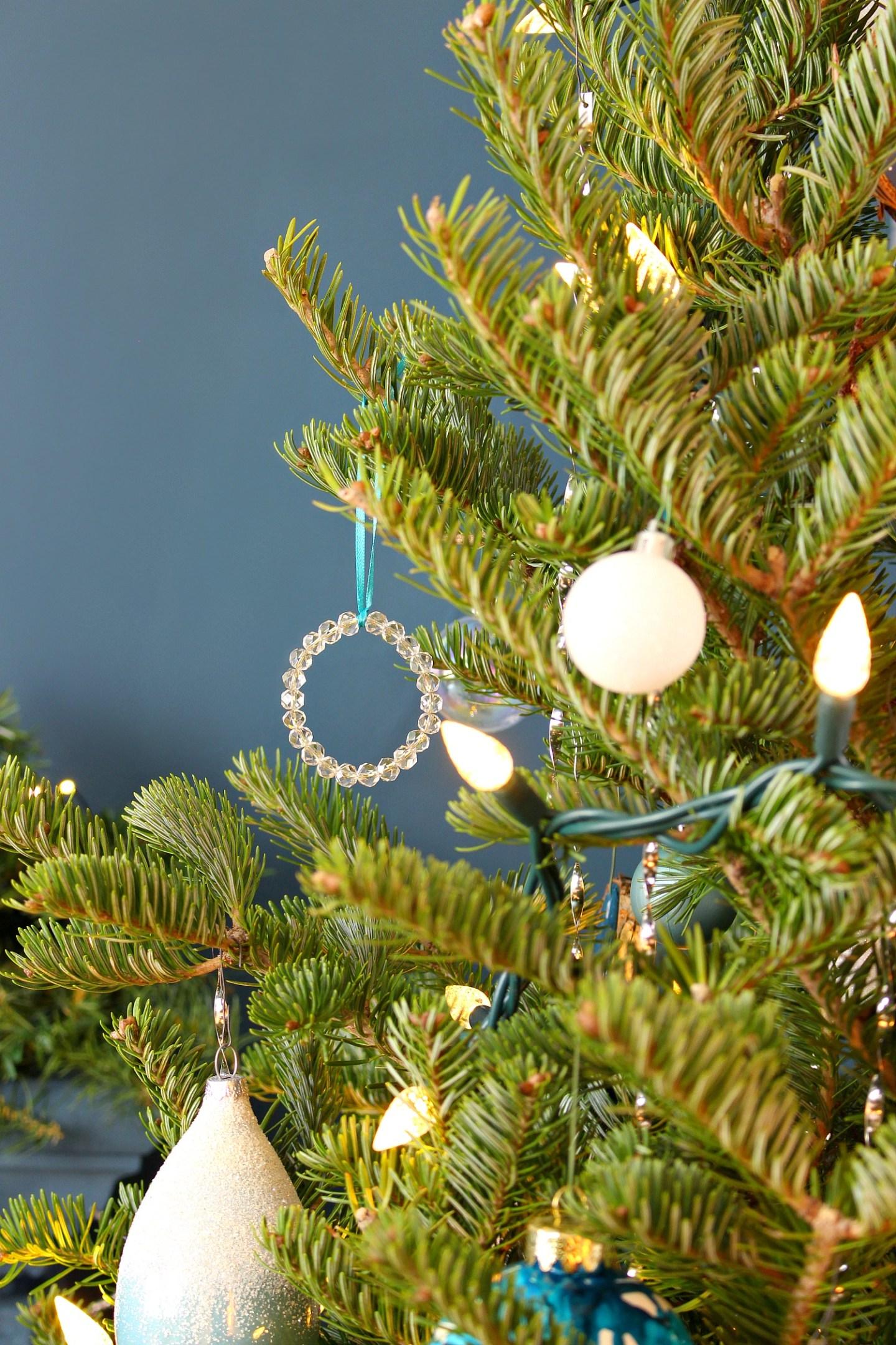 DIY Beaded Wreath Christmas Ornaments
