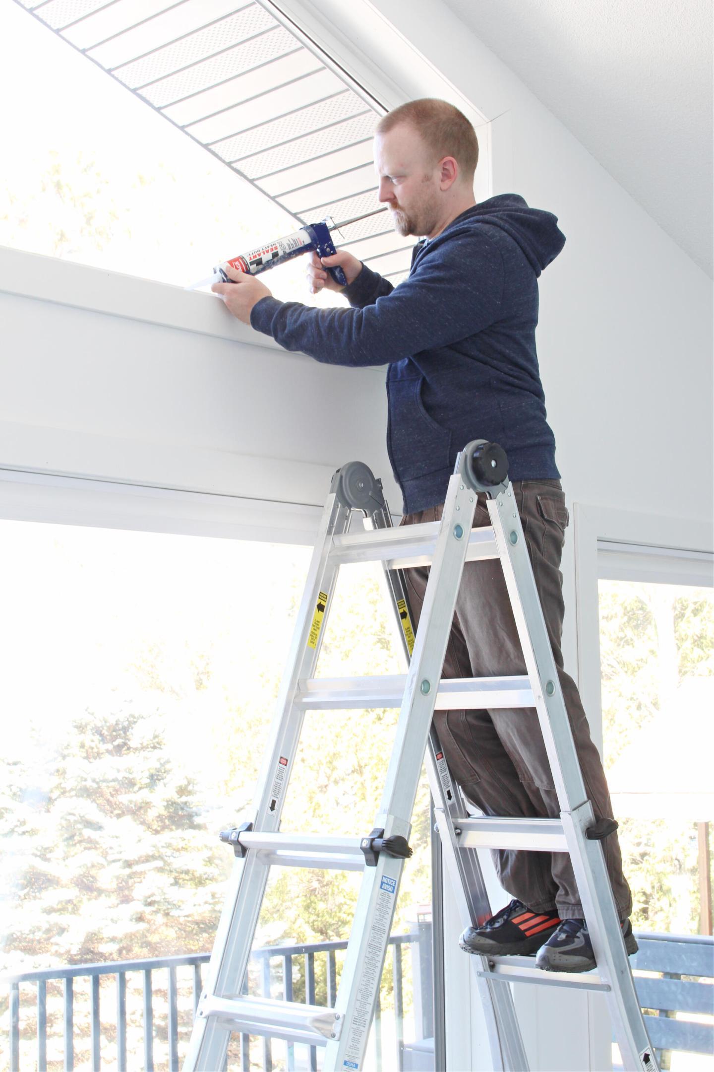 Cosco 22 ft Reach Aluminium Telescoping Multi Position Ladder