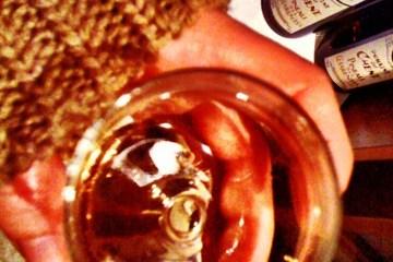 Un chandail et un verre de Pineau, what else ?