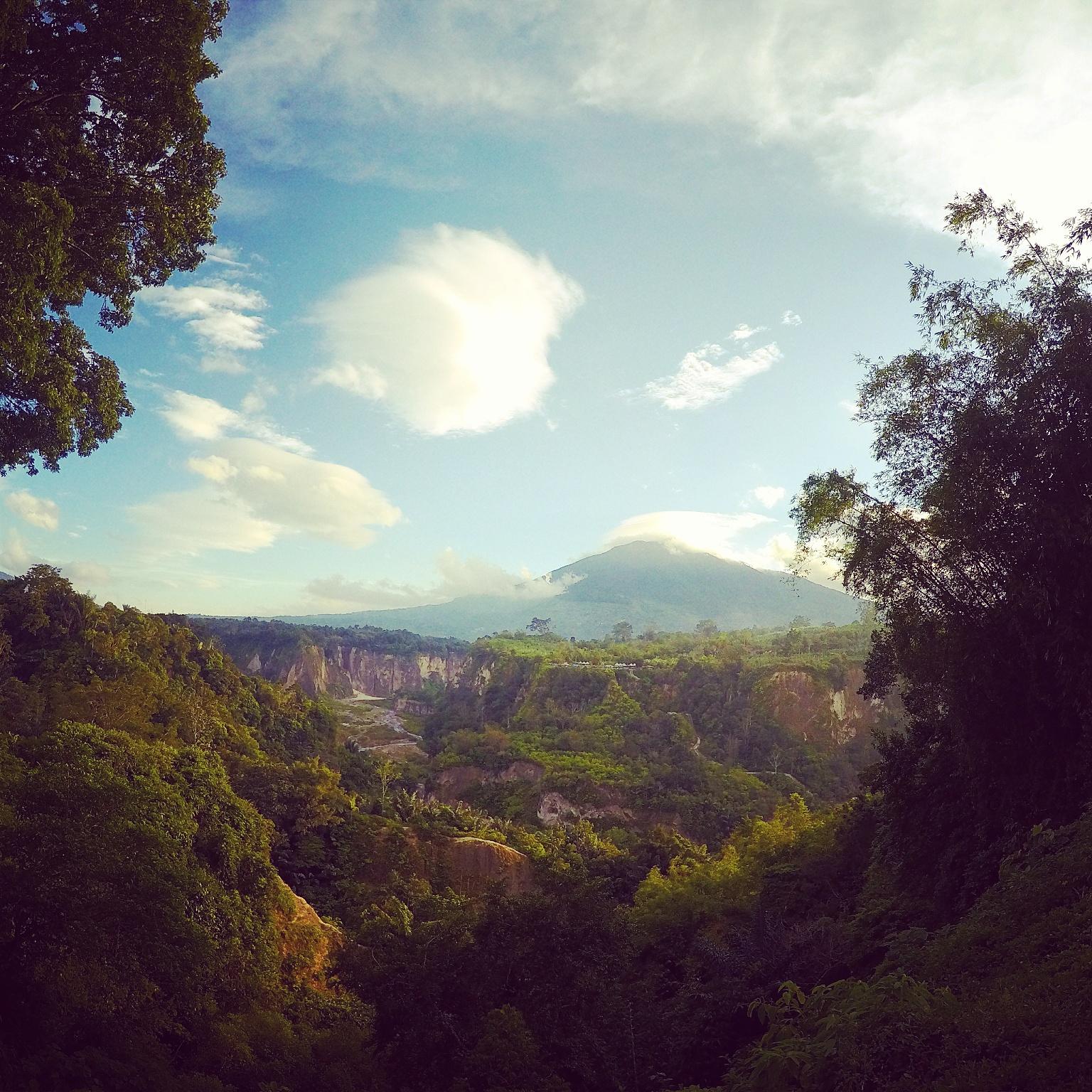 Bukittinggi, Sumatera – Deep In The Minang Heartland