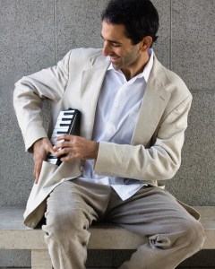 Pianist Dan Zemelman
