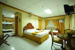 Family room 207