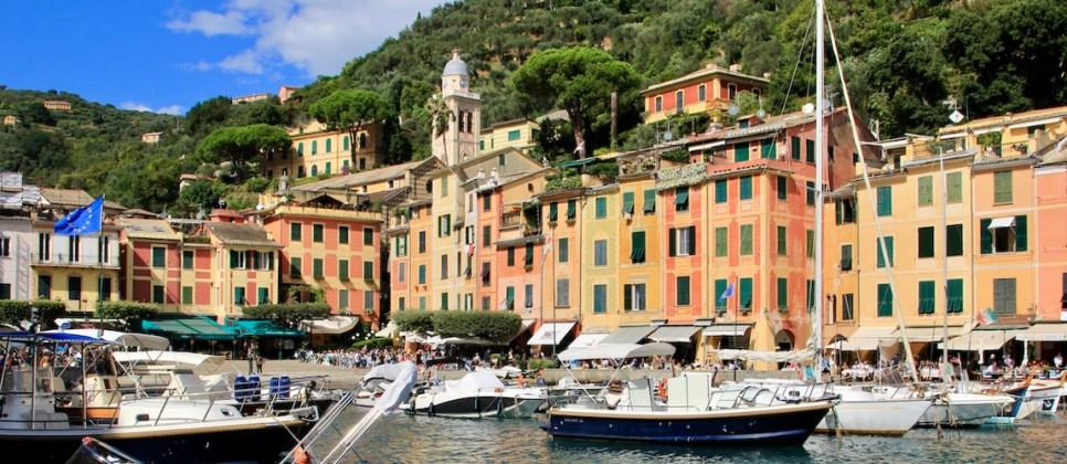 Zo mooi zijn de dorpjes langs de Italiaanse Bloemenriviera
