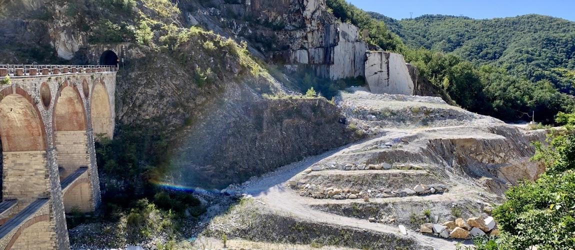Carrara bezoeken in Toscane? Maak een marmer tour en ontdek het witte goud van Italie