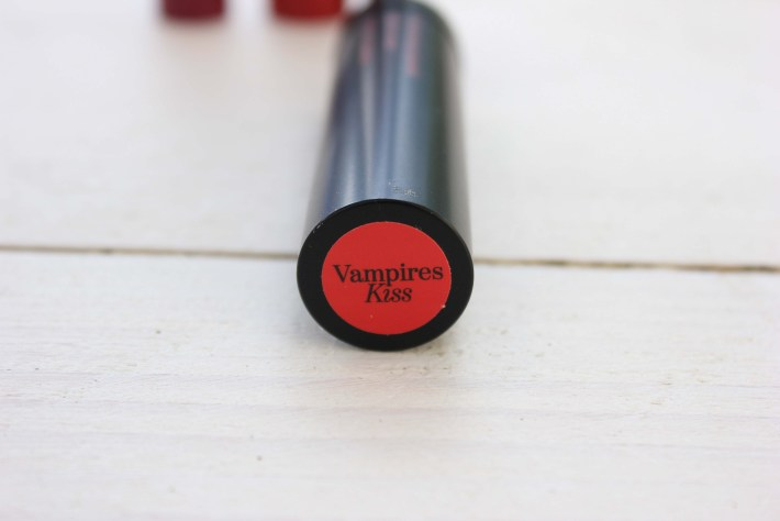 Etos Color & Care Lipstick Vampires Kiss