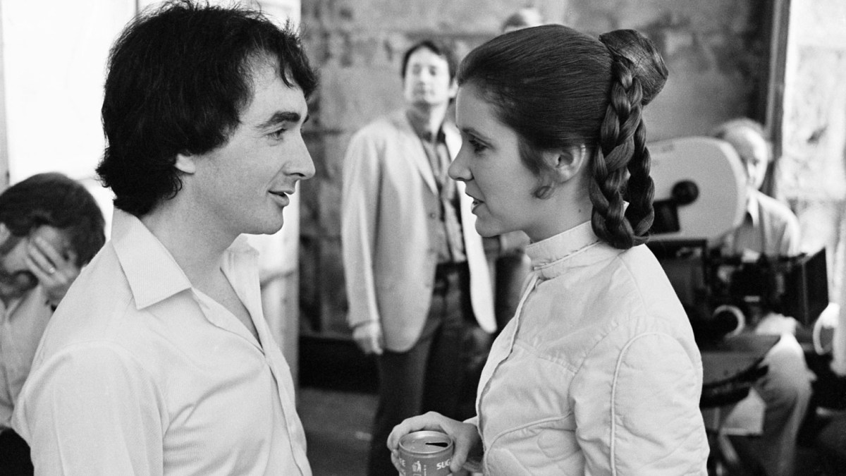 Anthony Daniels & Carrie Fisher on Empire Strikes Back set
