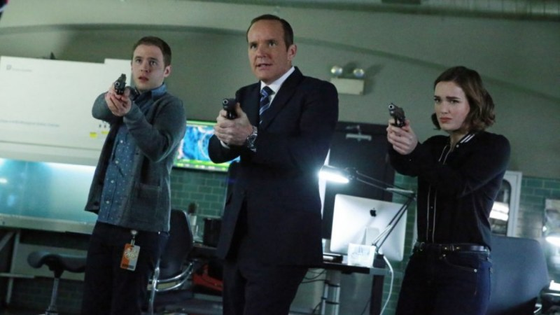 "MARVEL'S AGENTS OF S.H.I.E.L.D. - ""S.O.S.,"" Part One and Part Two"" - S.H.I.E.L.D. puts everything on the line to survive a war that blurs the line between friend and foe. Coulson and his team will be forced to make shocking sacrifices that will leave their relationships and their world changed forever, on the two-hour season finale of ""Marvel's Agents of S.H.I.E.L.D,"" TUESDAY, MAY 12 (9:00-11:00 p.m., ET) on the ABC Television Network. (ABC/Mitchell Haaseth) IAIN DE CAESTECKER, CLARK GREGG, ELIZABETH HENSTRIDGE"