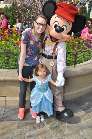 10 Tips for Taking at Toddler to Disneyland