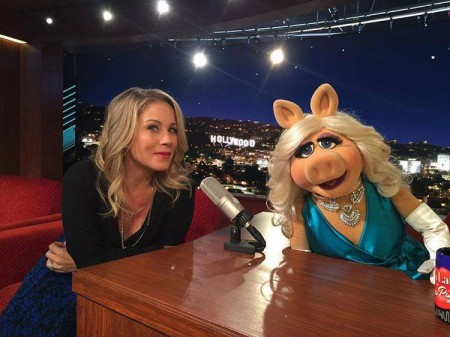 ChristinaApplegateMissPiggy