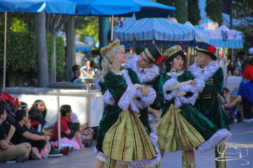 Christmas at Disneyland - November 8, 2015-101