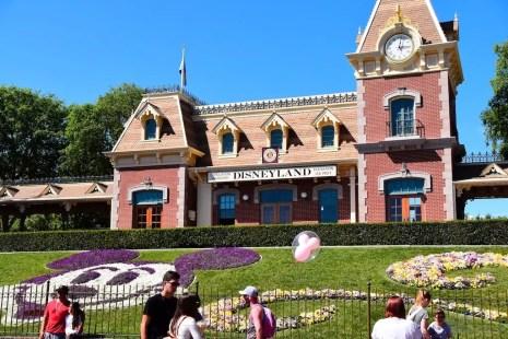 DisneylandSpring 1