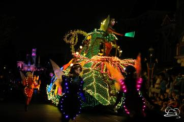 DisneylandMainStreetElectricalParade_45thAnniversary-47