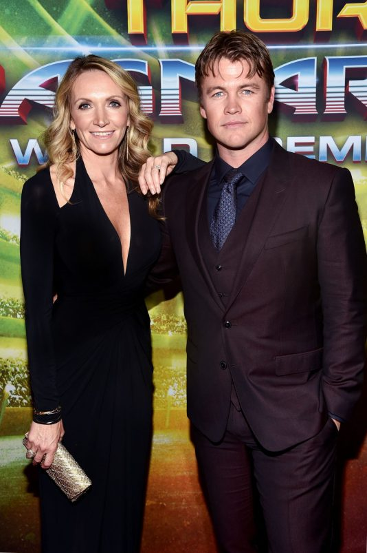 """HOLLYWOOD, CA - OCTOBER 10: Samantha Hemsworth (L) and Luke Hemsworth at The World Premiere of Marvel Studios' """"Thor: Ragnarok"""" at the El Capitan Theatre on October 10, 2017 in Hollywood, California. (Photo by Alberto E. Rodriguez/Getty Images for Disney) *** Local Caption *** Luke Hemsworth; Samantha Hemsworth"""