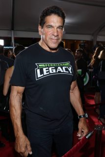 """HOLLYWOOD, CA - OCTOBER 10: Actor Lou Ferrigno at The World Premiere of Marvel Studios' """"Thor: Ragnarok"""" at the El Capitan Theatre on October 10, 2017 in Hollywood, California. (Photo by Rich Polk/Getty Images for Disney) *** Local Caption *** Lou Ferrigno"""
