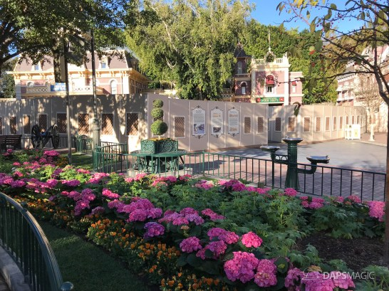 Disneyland Town Square Bricks With Walls Down in Spring-16