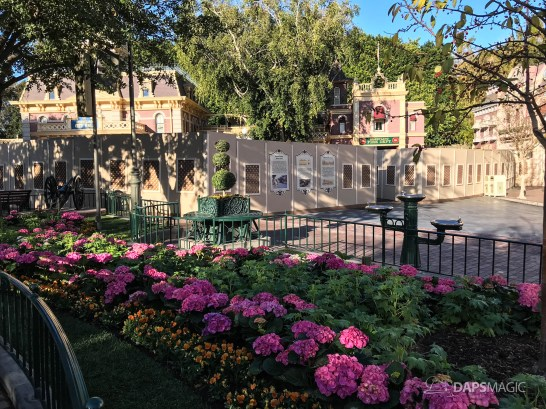 Disneyland Town Square Bricks With Walls Down in Spring-17
