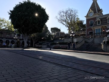 Disneyland Town Square Bricks With Walls Down in Spring-25