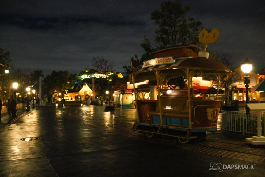Photos from Disneyland and Disney California Adventure on a rainy day and night!
