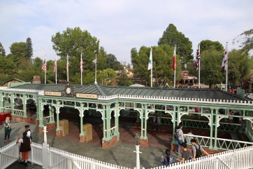 Disneyland Halloween Time-6