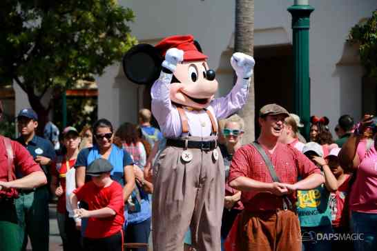 Final Performance Red Car Trolley News Boys at Disney California Adventure-11