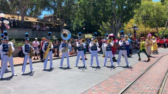 First Performance- Mickey and Friends Band-Tastic Cavalcade at Disneyland-24