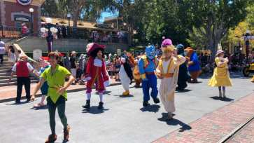 First Performance- Mickey and Friends Band-Tastic Cavalcade at Disneyland-28
