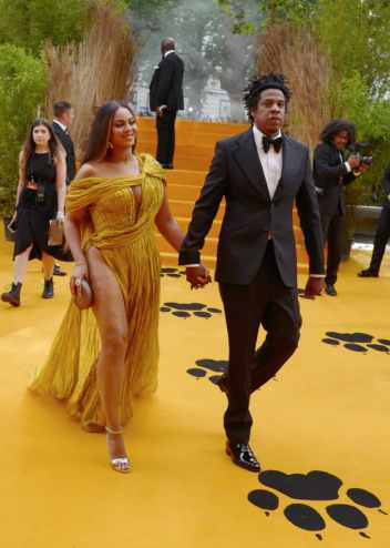 "LONDON, ENGLAND - JULY 14: Beyonce Knowles-Carter and Jay-Z attend the European Premiere of Disney's ""The Lion King"" at Odeon Luxe Leicester Square on July 14, 2019 in London, England. (Photo by Gareth Cattermole/Getty Images for Disney)"