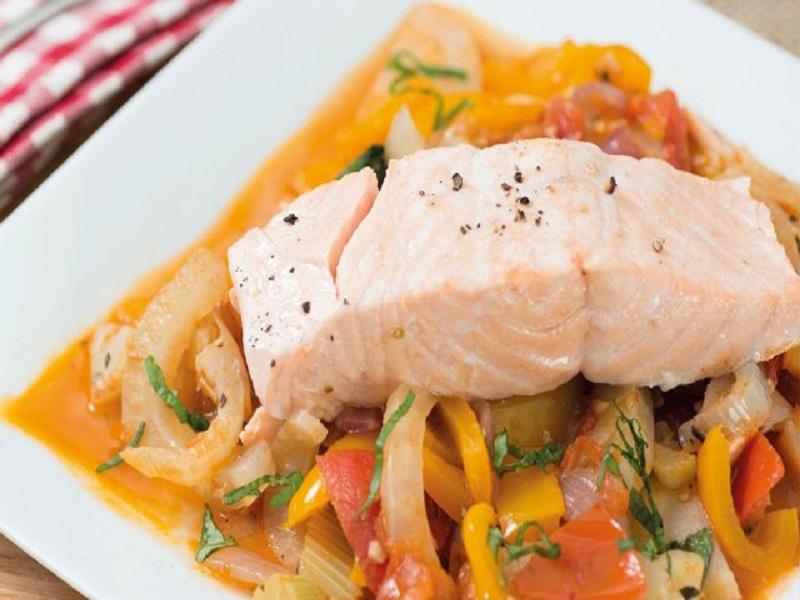 Resep Salmon With Ratatouile