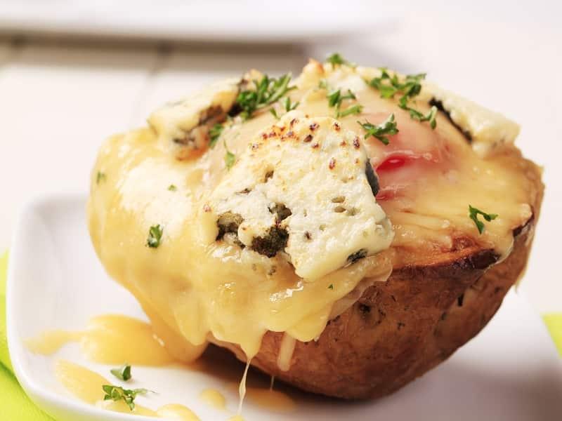 Baked Potato Kentang Panggang Keju