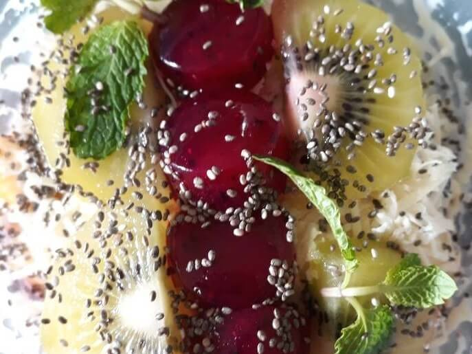 Resep Salad Buah Chiaseed Yogurt