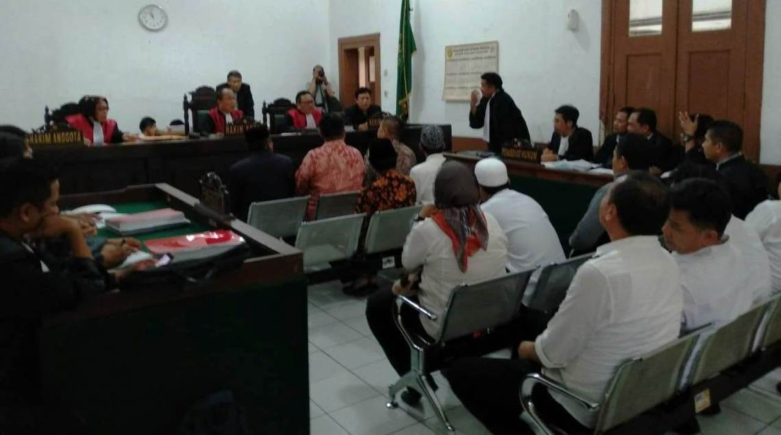 Sidang kasus dugaan korupsi dana hibah, di Pengadilan Tipikor Bandung, di Jalan LLRE Martadinata, Bandung, Senin (16/2). Foto: Dara.co.id/Bima