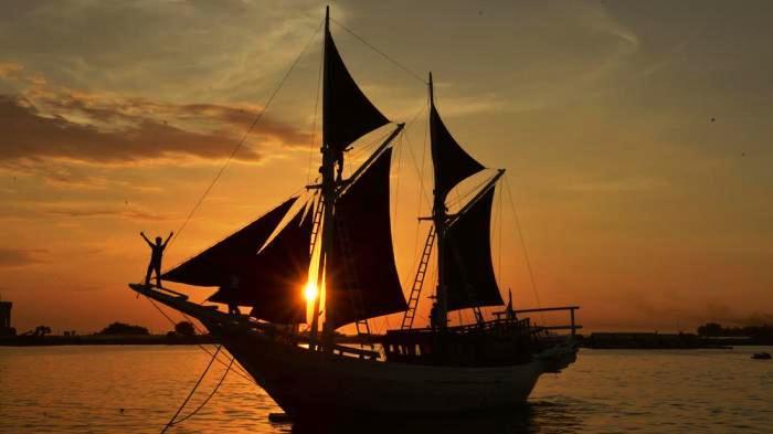ILUSTRASI. Foto: Hasil gambar untuk kapal pinisi TRIBUNWIKI: Sejarah Kapal Phinisi, Kapal Tradisional Bugis Makassar ... makassar.tribunnews.com