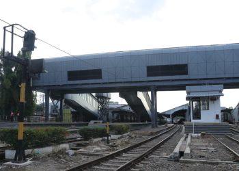 Skybridge, Pemandangan Baru di Stasiun Bandung (Foto: Avila/dara.co.id)