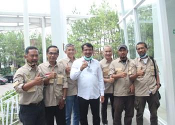 Wakil Bupati Garut, dr Helmi Budiman, saat menghadiri Musyawarah Daerah Luar Biasa (Musdalub) APEKI DPD Provinsi Jawa Barat (Foto: Andre/dara.co.id)