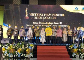 Kemendikbud dan Komisi X DPR RI saat menggelar Festival Film Pendek Fiksi Jabar XI di Hotel Harmoni, Jalan Cipanas Baru, Kabupaten Garut (Foto: Andre/dara.co.id)