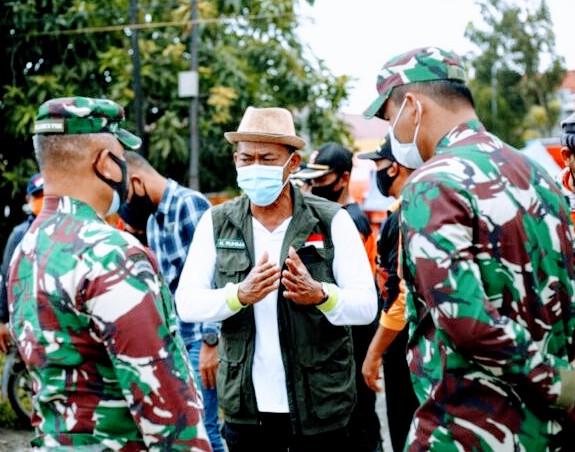 Bupati Subang H Ruhimat saat di lokasi banjir (Foto: Istimewa)