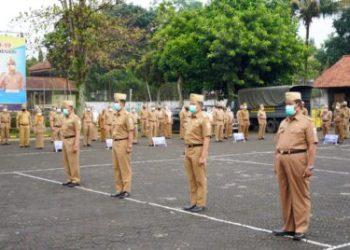 Bupati Garut, Rudy Gunawan melantik empat Pejabat Tinggi Pratama (Foto: Andre/dara.co.id)