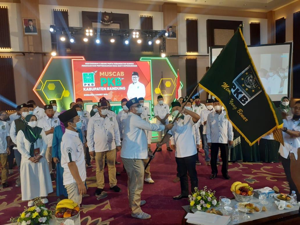 Dadang Supriatna akhirnya terpilih sebagai Ketua DPC PKB Kabupaten Bandung masa bakti 2021-2026, dalam Muscab PKB Kabupaten Bandung yang digelar di Hotel Sunshine, Soreang, Kabupaten Bandung, Minggu (7/3/2021).(Foto : ist)