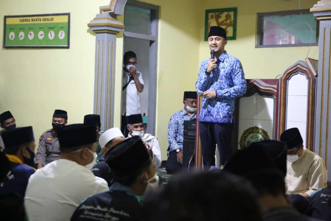 Plt Bupati Bandung Barat Hengki Kurniawan saat Safari Ramadhan perdana. (Foto. Doc Protokopim Setda KBB)