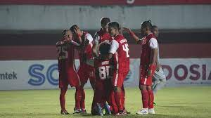 Persija Jakarta berhasil membawa pulang Piala Menpora, usai menang 2-1 (agregat 4-1) pada leg kedua final Piala Menpora 2021 di Stadion Manahan Solo, Minggu (25/4/2021) malam WIB.(Foto : CNNIndonesia)