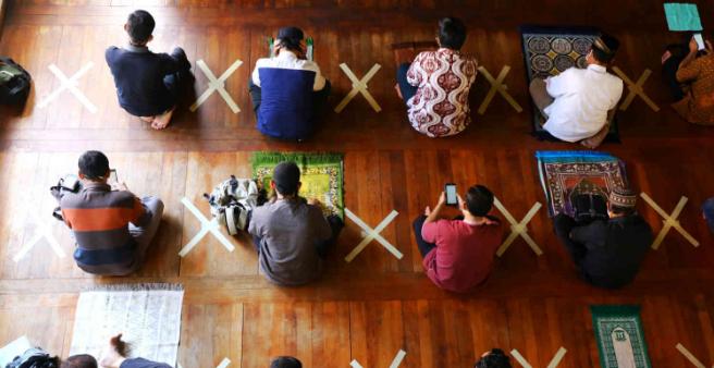 Ilustrasi salah tarawih (Foto: screenshot Ayobandung.com/Irfan Al-Faritsi)