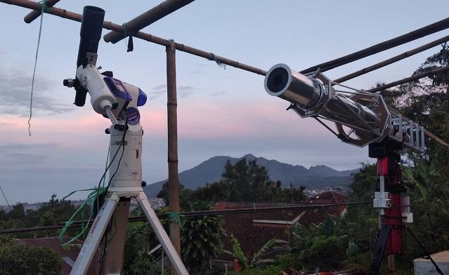 Observatorium Bosscha melakukan pengamatan hilal Ramadan 1442 H. (dok. Observatorium Bosscha/Ayobandung)