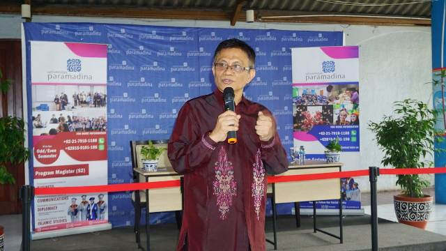 Prof. Didik Junaidi Rachbini resmi dilantik sebagai Rektor Universitas Paramadina periode 2021-2025 di Universitas Paramadina Jalan Gatot Subroto, Jakarta Selatan, Kamis, (20/5/2021).(Foto : Istimewa)
