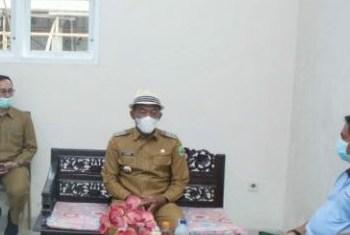 Bupati Subang, H Ruhimat saat mengunjungi RS Ciereng (Foto: Deny Suhendar/dara.co.id)